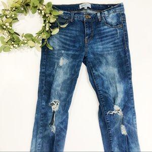 2440bc557d741 Jolt Nordstrom distressed medium wash jean size 3